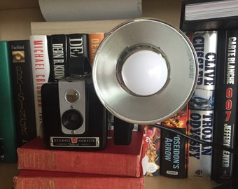 Kodak Brownie Hawkeye camera lamp
