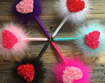 Clueless Rosette Heart Feather Pen - Marabou Feathers - 6 Colors to Choose From - Refillable Ink - Guest Book Pen - Valentine's Day