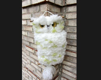 SALE! Vintage Fuzzy MACRAME OWL on Tree Perch Wall Hanging Eyes Staring White & Green Polkadots Retro Groovy Hoot!
