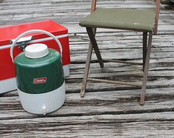 vintage Coleman insulated cooler - 2 gallon capacity - green