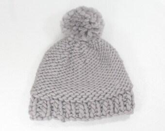 Super Chunky Gray Wool Hat, Chunky Knit Grey Pom Pom Hat, Chunky Wool Knit Toque, Big Knit Gray Wool Hat, Gray Warm Winter Hat, Big Knit Pom