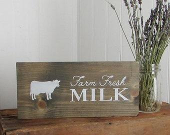 Wood Signs, Rustic Wood Sign, Farmer's Market, Milk, Cow, Country Signs, Rustic Wall Decor, Farm, Home Decor, Wall Decor, Farmhouse, Barn