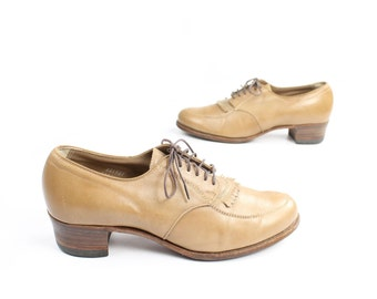 Vintage 50s 60s Oxford Shoes Tan Leather Lace Up Wingtip 1950s 1960s Womens Size 9.5