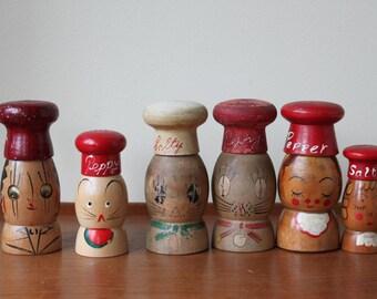 Lot of Vintage Wooden Salt & Pepper Shakers, Rustic, Primitive, Kitchenware