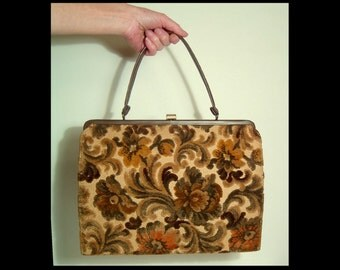 Large 1960s carpetbag carpet handbag purse gold caramel creamy tan moss sage green ~ hi low plush big floral carpet bag attache tall & wide