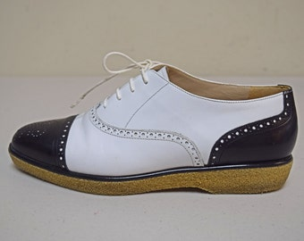 VINTAGE Anne Klein Black White Oxfords Perforated Toes Trim Size 6 1/2 M EUC