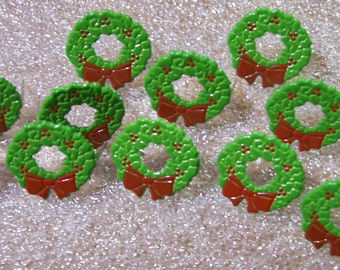 12 20mm Christmas Wreath metal Brads