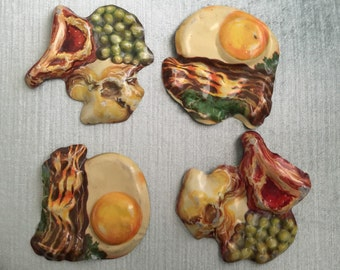 Vintage Litho Toy Pretend Play Food.  Set of 4.  Bacon and Eggs.  Steak, Mashed Potatoes and Peas.