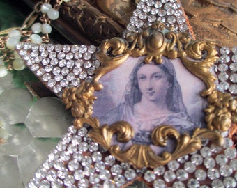 superstar - virgin mary necklace portrait pendant rhinestone star vintage mother of pearl rosary catholic statement jewelry