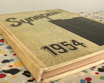 Vintage 1954 Synapsis Yearbook