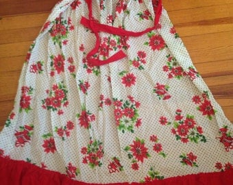 Vintage Long Poinsettia Half Apron with Ruffle Prints Charming