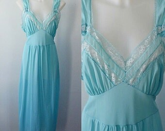 Vintage 1950s Nightgown, Vintage Nightgown, 1950s Nightgown, Beaunit, Nightgown, Romantic