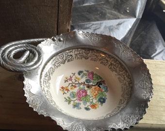 Vintage 1940's Farber& Shlevin Inc dish with aluminum flowered motif