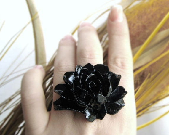 Black Statement Ring - Extra Large Ring - Gothic Lolita - Black Ring - Womens Gift Under 20 - Cocktail Ring - Chunky Ring - Gothic Jewelry