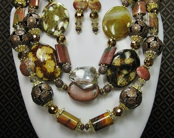 Chunky Statement Necklace Set / Brown Chunky Gemstone Necklace / Triple Strand Necklace / Bold Cowgirl Western Necklace - PaiNTeD DeSeRT