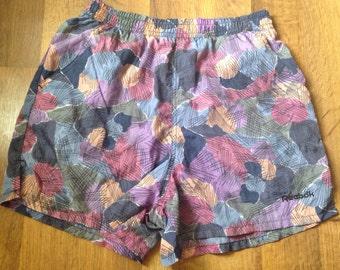 Funky 1990s vintage Reebok tennis running shorts size medium 1980s
