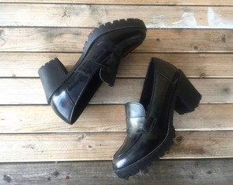 90s Platform Loafers Black Women 10