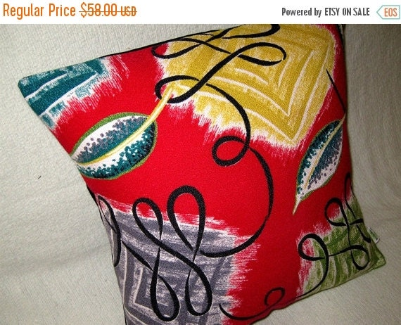 "ON SALE LAST One - Retro, Mid Century Modern Pillow Cover -- Vintage Red Miami Vibe - 1950s Barkcloth - Shown with 18"" x 18"" insert"