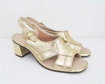 40% OFF SALE Vintage 1960's Gold Slipper Heels / Size 8.5 Fantasy Strappy Sandals Shiny Metallic Pumps