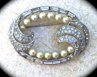 Trifari pearl Brooch- Rhinestone brooch- Bridal Jewelry- Pin Brooch- Designer Jewelry- Signed Jewelry- Antique Pin brooch- Bride to Be Pin