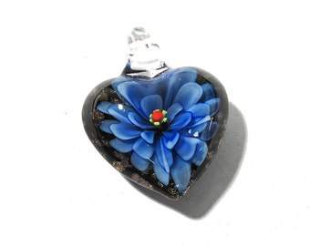 Lampwork HEART Flower Pendant VINTAGE Glass Pendant Heart Pendant Dark Blue Flower Vintage Jewelry Supplies Lampwork Glass (T187)