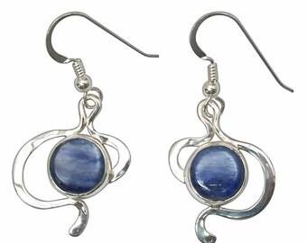 Kyanite Dangle Earrings set in sterling silver  ekyae2724
