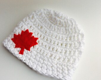 Cotton beanie with red maple leaf applique for newborn baby