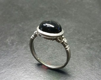 Amazingly detailed Sterling Silver Green Tourmaline Victorian style ring
