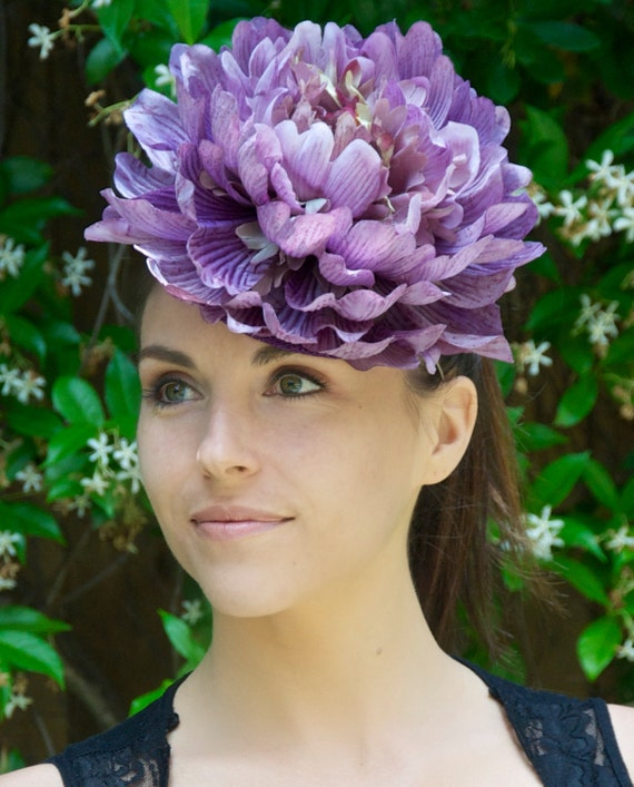 Kentucky Derby Fascinator, Derby Hat, Derby Fascinator, Purple Fascinator, Wedding Fascinator Hat, Flower headpiece