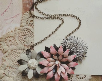 Flower Statement Necklace, Pink and Black Floral Bib Necklace, Vintage Flower Necklace, Shabby Chic Jewelry for Women