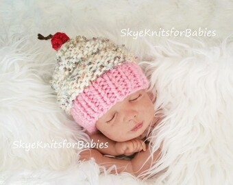 NEW Knit Cupcake Baby Hat, Knit Cupcake Beanie, Newborn Cupcake Hat, Knitted Baby Hat, Knit Baby Birthday Hat, Newborn Photo Prop