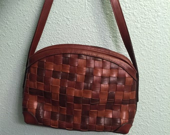 Vintage Faux leather woven purse