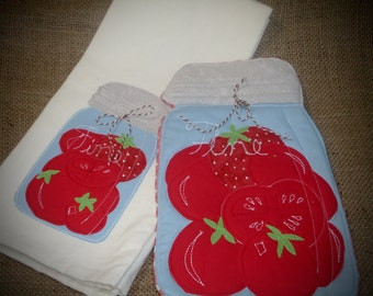 Canned Tomato potholder and dish towel set, Kitchen set, Canning, tomato, gift set