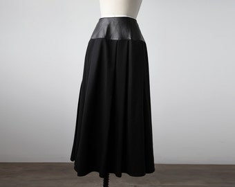 Vintage Black Leather and Wool Full Skirt High Waist 80s Goth S