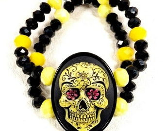 YELLOW SUGAR SKULL-30 x 40 mm Neon Yellow Glass, Black Crystal, Dia De Los Muertos CameoBead Double Strand Stretch Bracelet