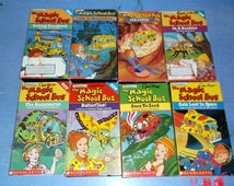 8 VHS The Magic School Bus Video movies Lot includes In A Beehive Gets Lost in Space Goes to Seed Inside the Haunted House Busasaurus plus 2