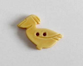 Bakelite Pelican Button Realistic Cream Corn Yellow