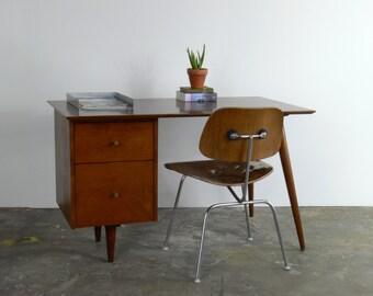 Mid Century Modern Paul McCobb Planner Group Desk
