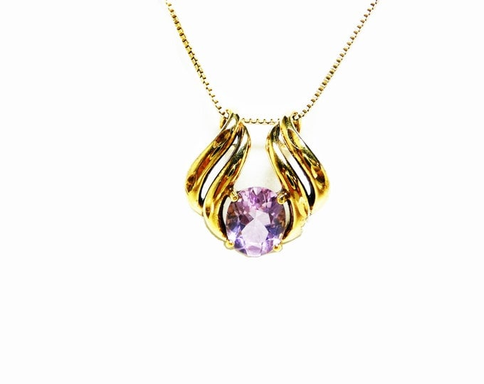 1970's modernist Necklace with a Purple Sapphire FAceted Stones - Sparkling Beautiful Round Stone