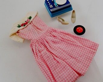 Dancing Doll Outfit Set Dress Pink Checkered Record Player Shoes Vintage Mod Barbie Doll Mattel Clothes Accessories
