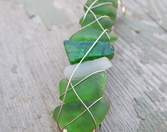 Sea Glass Clips Real Beach Glass Barrette Summer Hair Accessory Gifts for Her Under 30 Ocean Goddess Wire Wrapped Green Glass Hairclip