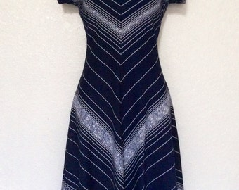 Vintage 70's Navy Blue & White Chevron Dress - XS