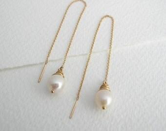 Freshwater Pearl Ear Threads - Pearl Earrings - Threader Earrings - Bridal Earrings - Alternative Bridal