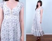 70's Gunne Sax Maxi Dress / White Lilac Calico Floral Lace Up Bodice Prairie Boho / Small Xsmall