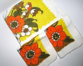 Retro Vintage Towels Flowers Orange Yellow White
