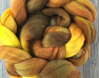 Hand Dyed Merino Wool Roving Autumn Maple 4 ounces