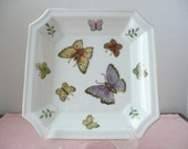 Beautiful Gilt Edge Porcelain Butterfly Candy Dish