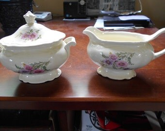 HOmer Laughlin matching creamer and sugar Meadow Goldenrod HLCMEG Lovely!