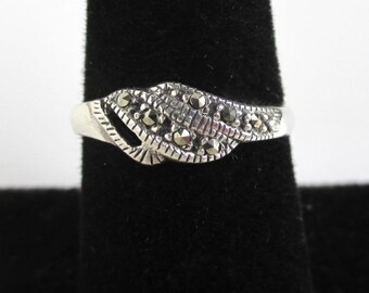 925 Sterling Silver & Marcasite Ring - Flowing Wing Design, Vintage Unused, Size 7