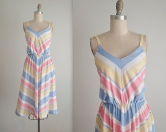 Vintage Summer Dress // Vintage 70's Chevron Stripe Pastel Casual Day Summer Sun Dress